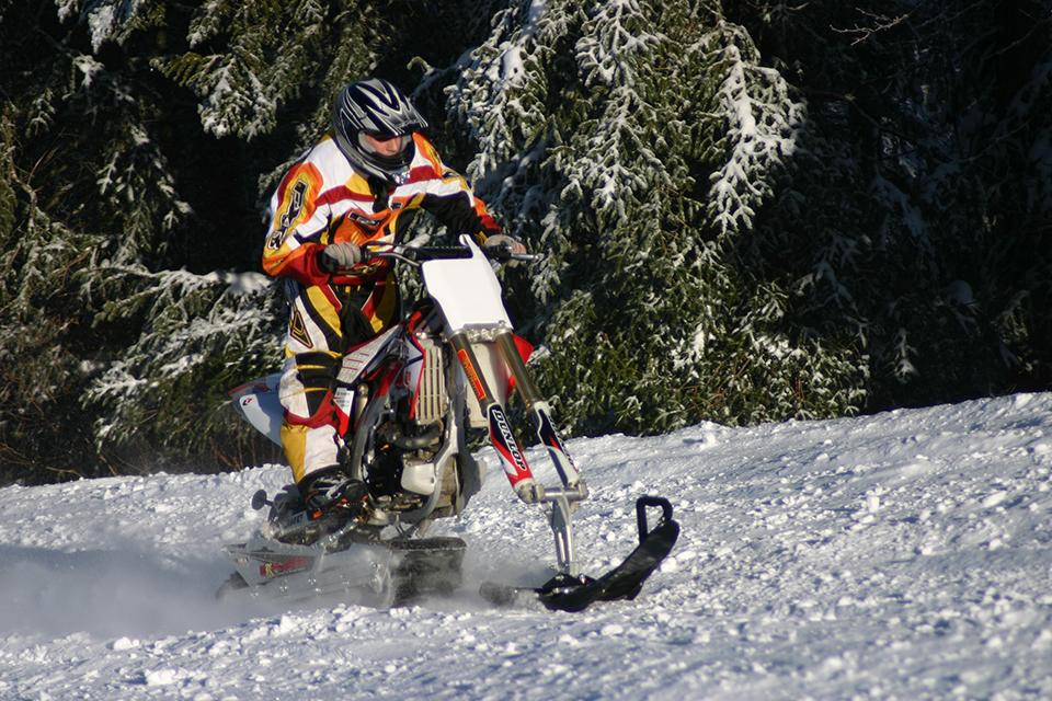 Explorer-snowbike-track-system-for-dirt-bike-supermoto-enduro-mx-AD-Boivin-100