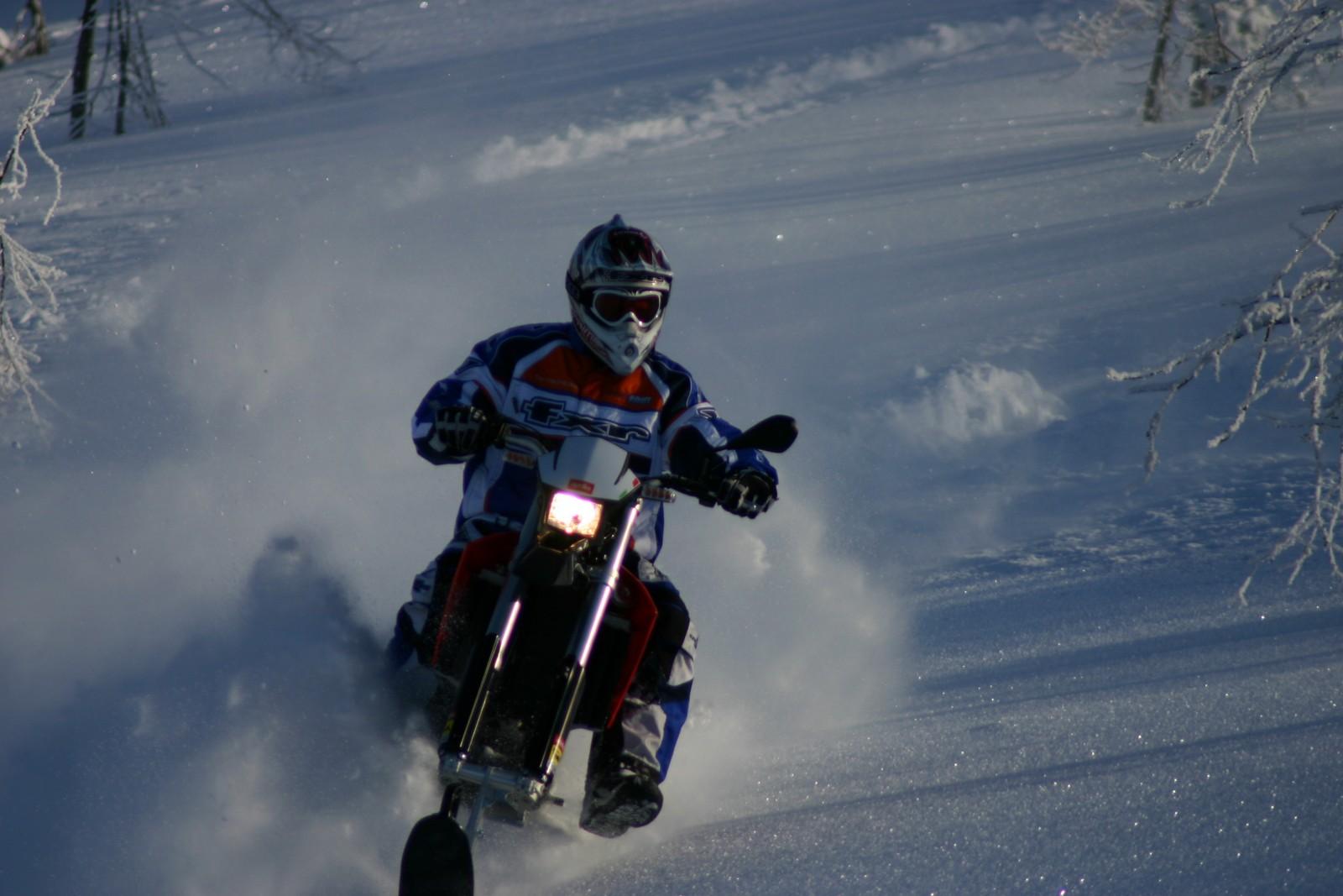 Explorer-snowbike-track-system-for-dirt-bike-supermoto-enduro-mx-AD-Boivin-113-1600x1067