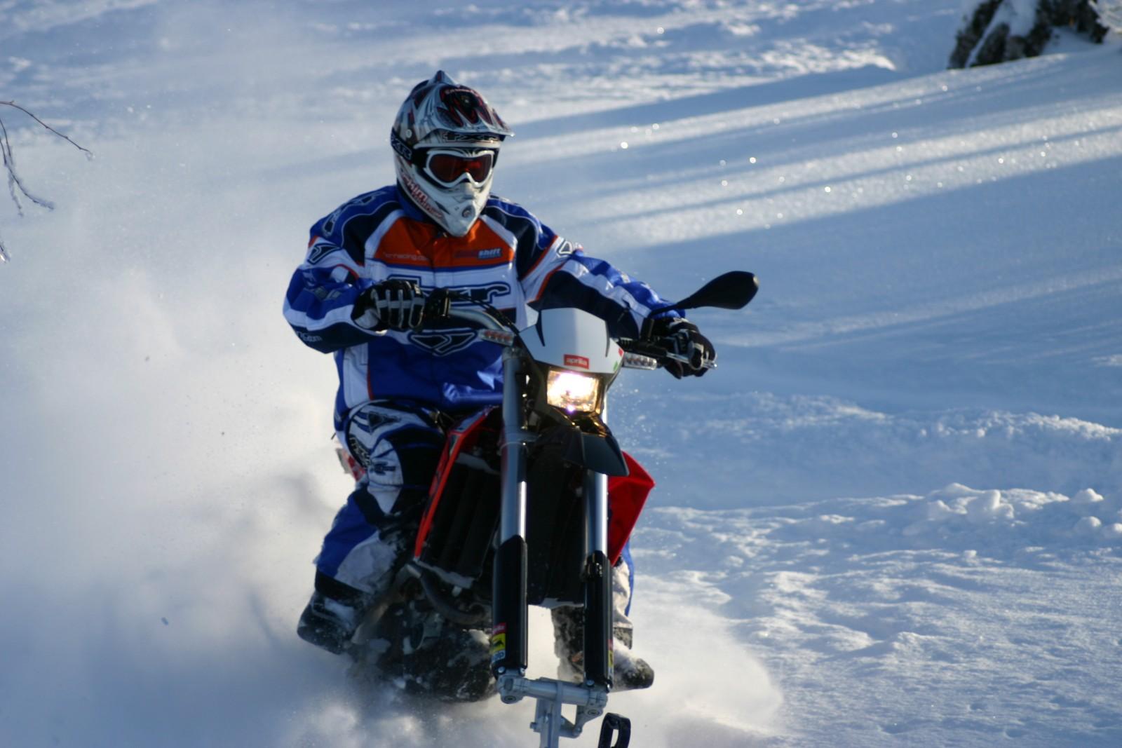 Explorer-snowbike-track-system-for-dirt-bike-supermoto-enduro-mx-AD-Boivin-119-1600x1067