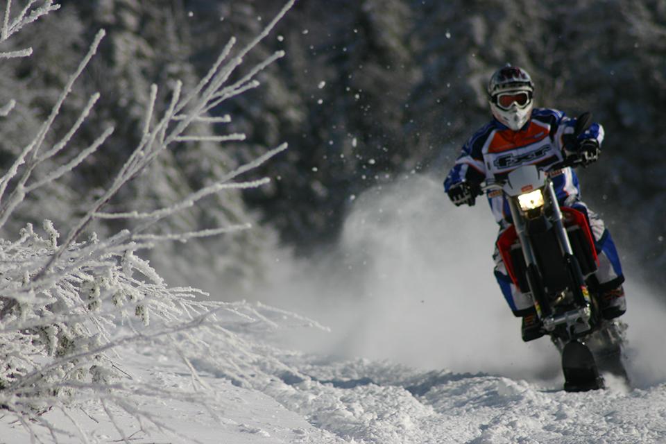 Explorer-snowbike-track-system-for-dirt-bike-supermoto-enduro-mx-AD-Boivin-91